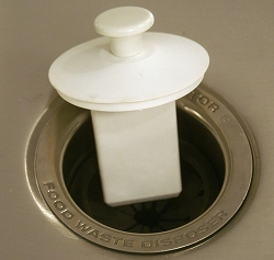 SIERRA VALLEY SCRAPPER  GARBAGE DISPOSAL SINK STOPPER AND SCRAPER -  WHITE