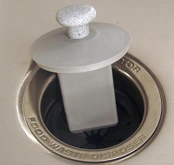 SIERRA VALLEY SCRAPPER  GARBAGE DISPOSAL SINK STOPPER AND SCRAPER - GREY