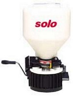 SOLO 421 S Portable Granular Spreader